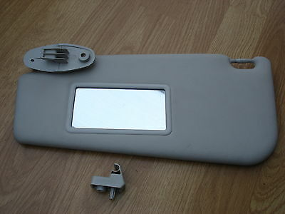 Fiat Punto Mk2  Passenger side UK / /Sun visor with mirror and clip 1999 to 2006
