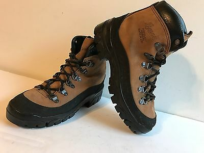 Danner Brown Suede Lace Up Vibram Sole Combat Hiker Boots, Men Size 6 Made Usa