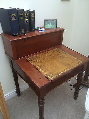 UNUSUAL RARE ANTIQUE Beautiful Mahogany Colour Writing Bureau Desk