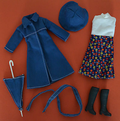 Rainy Days Outfit # 1224   Vintage Fleur Sindy   Exc Condition   No Doll
