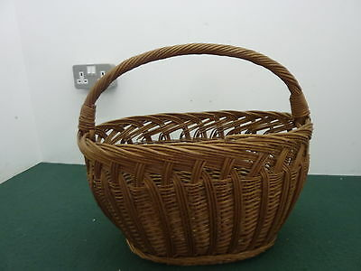 Vintage Large Quality 45cm long Oval Wicker Shopping Basket with Fixed Handle