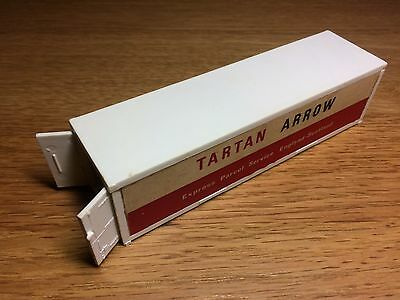 Tri-ang Hornby OO Tartan Arrow Container