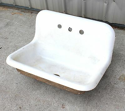EARLY 1900s FARM SUMMER HOME HOUSE PORCELAIN CAST IRON SINK