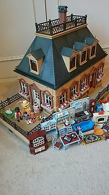 Playmobil 5305 Rare Victorian Vintage House With Furniture & Family Great Gift.