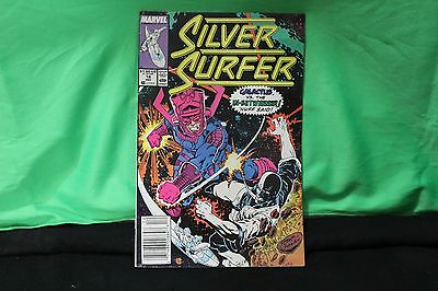 Marvel Silver Surfer Galacticus vs The In-Betweener Comic Book Collectible