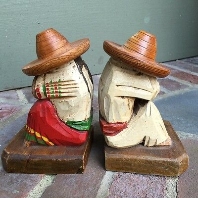 Vintage carved wood Mexican Peasant Couple Sombreros BOOKENDS ex Libris library