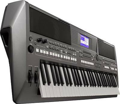 Yamaha PSR-S670 Keyboard mit USB und Music Data Base