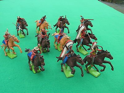 Britains Deetail Red Indians x 11 mounted - VG