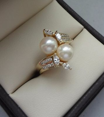 Lovely 14K Yellow Gold 2 Pearl Bypass Ring W/ Sparkling Multi-Cut Stones