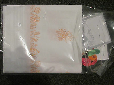 *William Briggs* Tablecloth Kit to Embroider~Complete with Yarns~Tulips