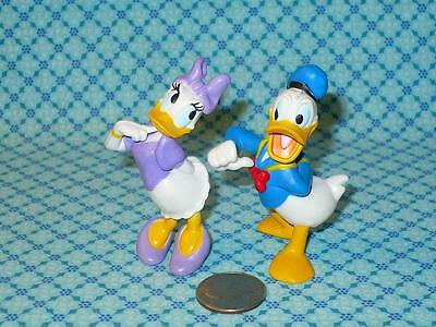 """Disney DONALD & DAISY DUCK PVC Figures Cake Toppers 2.75"""" tall Lot of 2"""