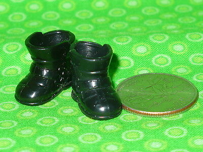 Barbie Doll 1999 TOMMY DOLL Friend of Kelly Black WINTER BOOTS Pair of SHOES