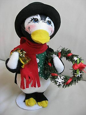 """2006 Annalee 12"""" Christmas Gift Giver Penguin"""