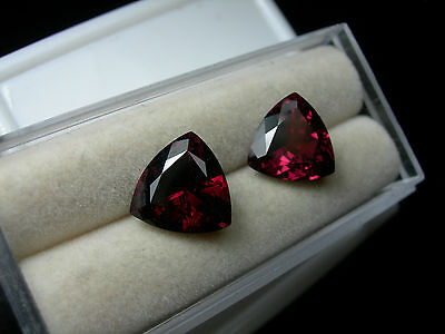 7.73cttw Beautiful Pair Trillion red Rhodolite Garnet gem Sri Lanka Gemstone