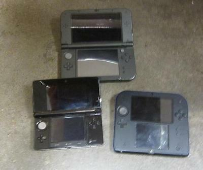 Lot of 3 - Nintendo Handheld Systems(New 3DS XL, 2DS, 3DS) *Defective*
