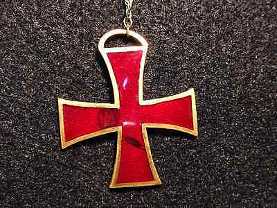 V Corps Union Army 1st Division Badge Knights Templar Cross Civil War Red Enamel