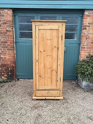 Large Old Antique Pine Cupboard/wardrobe/school/linen/food/kitchen Larder/office