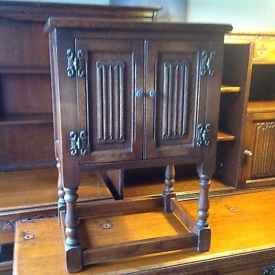 Antique Early Old Charm Solid Oak Linen Fold Cupboard With Original Handles