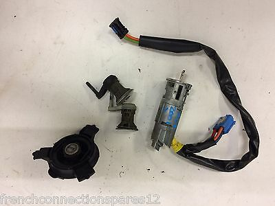 2001   Peugeot 206 Ignition Barrel Switch And Lock Set