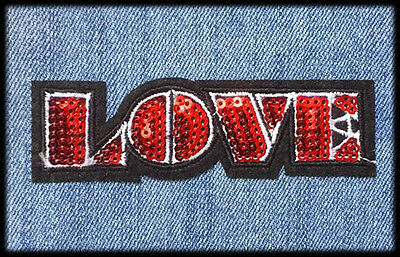 Ecusson patch Love thermocollant (Aufnäher toppa red iron-on)
