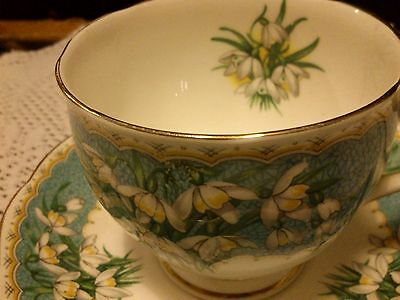 Vintage QUEEN ANNE Floral Snowdrops Bone China Tea Cup & Saucer Duo MARILYN