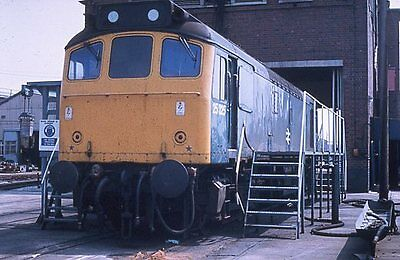 Colour slide of 25325 BR class 25 diesel loco
