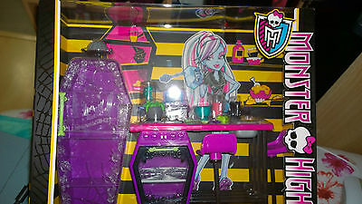 Rare Complete Monster High Home Ick Playset