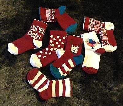 7 Pair Pack Of Girls Christmas Socks Size 6-8.5 New In Packaging
