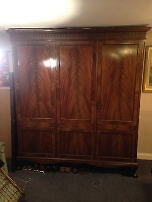 Probably Gillow Antique 19th Century Mahogany Wardrobe (antique furniture).