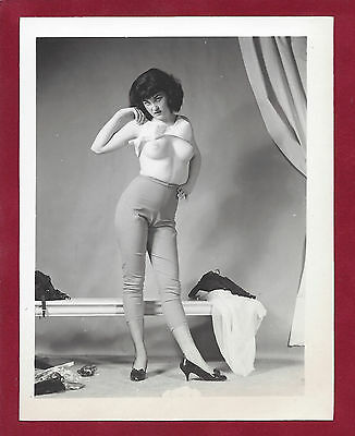 1950 Vintage Nude Photo~Sultry Busty Boobs Firm Perky Breasts Puffy Nipple Pinup