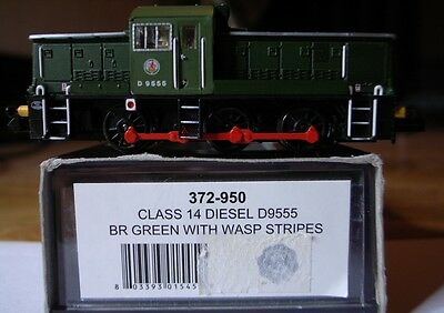 Graham Farish Class 14 Diesel D9555 BR Green with Wasp Stripes