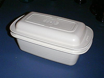 Tupperware ULTRA 21 Microwave Cookware 2 Qt Cake/ Bread Loaf Pan 1745 & Lid 1746
