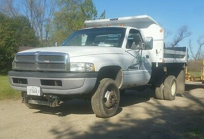 1995 Dodge Ram 3500  1995 Dodge Ram 3500 with Contractor Dump Box, One Owner!