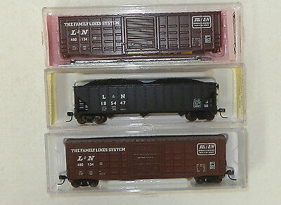 3 x Various Makers N Scale Family Lines Constituents Freight Cars