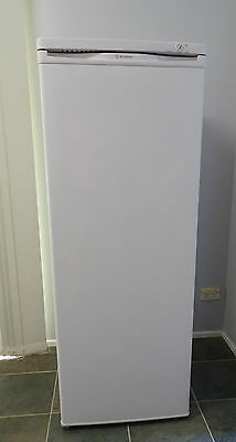 Westinghouse 180L Upright Freezer 6 Drawers Model WFM1800WC