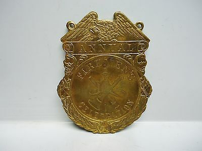 Vintage - ANNUAL FIREMEN'S CELEBRATION MEDAL - SCHWAAB S&S  Co. MILWAUKEE