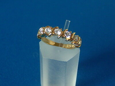 NEW UNWORN gold plated on SOLID SILVER and Zircona Ring .VERY ATTRACTIVE DESIGN
