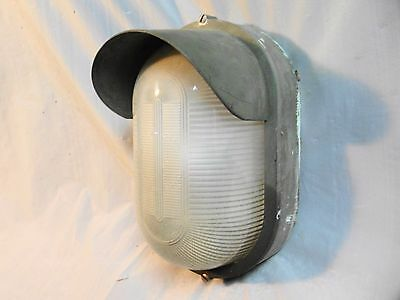 VTG Lightolier Industrial Wall Sconce Wet Weather Man Cave single bulb