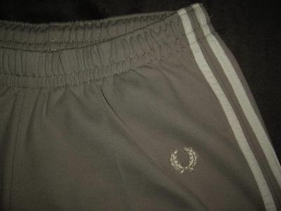 Fred Perry Warm Up Track Sweat Pants Light Grey White Stripes US Size 10 42 EUR