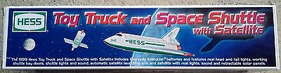 1999 Hess Toy Truck And Space Shuttle NIB
