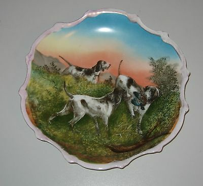 """Victoria Carlsbad Austria Hunting Dog Hanging Plate Pointers 10"""" Diameter"""