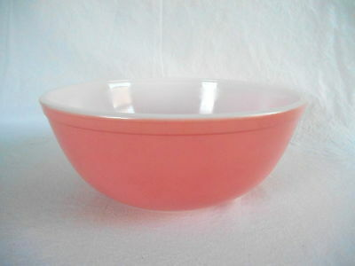 Vintage PYREX PINK #404 LARGE MIXING BOWL - Nice Condition!  holds 4 quarts