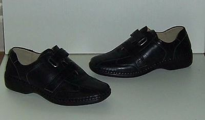 New Ladies Black Small Wedge Shoes. Size 4/euro 37