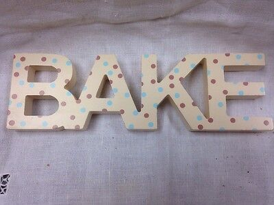 "Free Standing Wooden Plaque ""bake"""