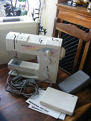Bernina Model 1005 Sewing Machine with Pedal & Casel Made Switzerland