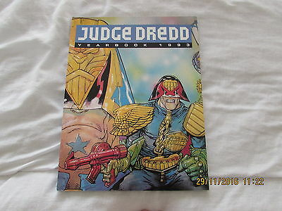 Judge  Dredd  Annual  1993 Yearbook   Very Good  Condition