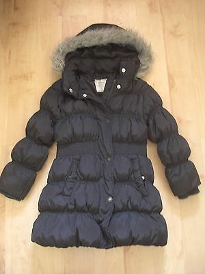 Girl's Winter Coat. 5-6 Years from Next