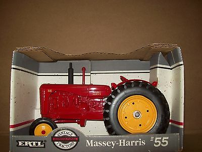ERTL MASSEY HARRIS MODEL 55 TRACTOR 1/16th - New in Box  1993 USA