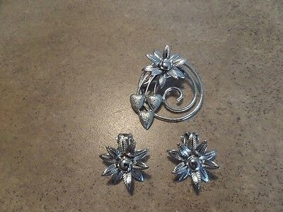 Vintage Silver Tone Flower Brooch and Clip Earrings