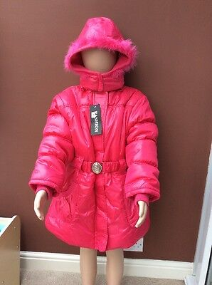 BNWT Girls Bright Pink Hooded Winter Coat By FASHION (9-10 Yrs) **FREE UK P&P**